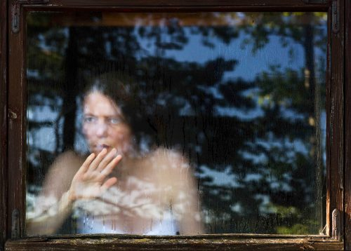 © Aino Kannisto: Untitled (Sauna Window), 2015, Archival pigment print, Diasec. Courtesy: Galerie m Bochum